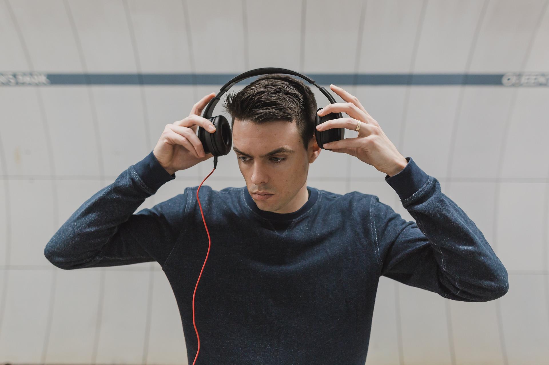 Things To Consider When Choosing Loudest Headphones