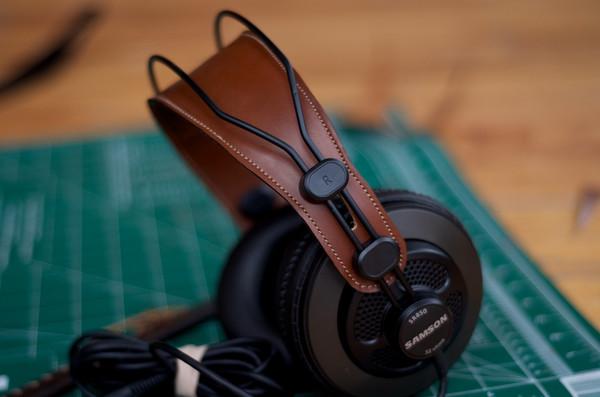 SR850 Headphones